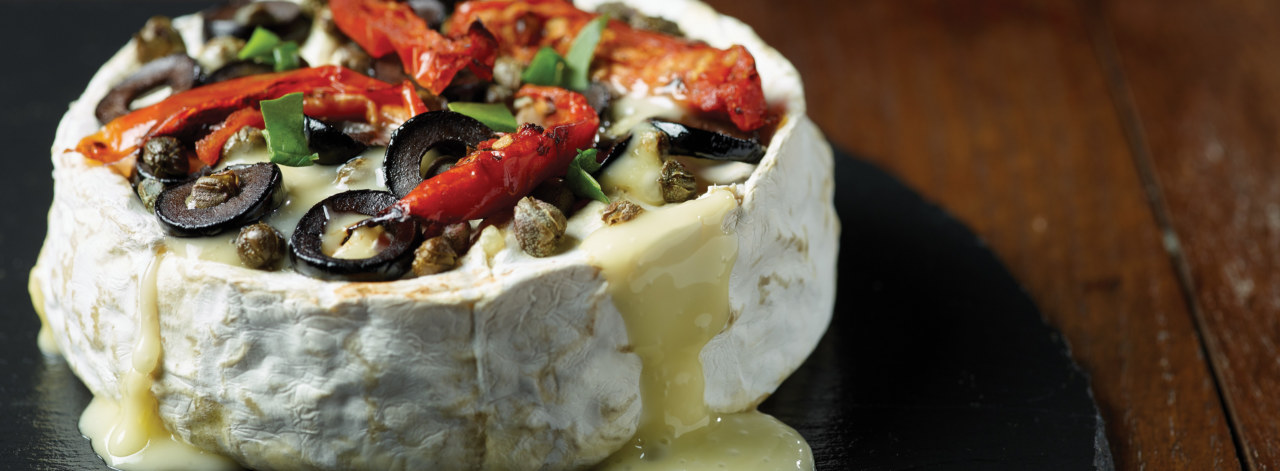 Lactalis-Baked-Camembert-01_3840x1414_acf_cropped